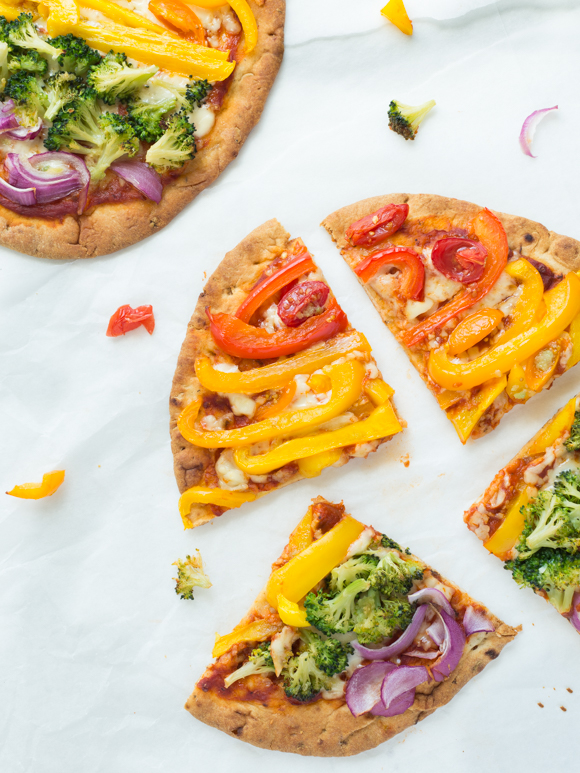 naan bread pizzas after they are cooked