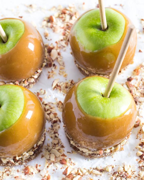apple in caramel