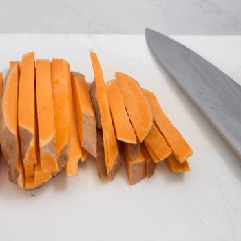 chopping yams