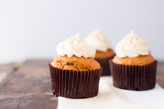 pumpkin cupcakes hero--2
