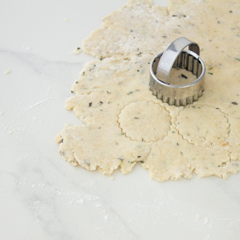 rosemary parm cracker how to (8 of 8)